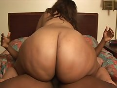 Sexy BBW almost obese ole fluffy cheeks Melody Nyte rides a locate like a champ